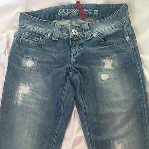Guess Jeans destructed sz 24